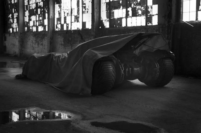 Сколько стоит Бэтмобиль из «Бэтмена против Супермена»