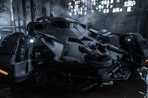 Официальное фото Бэтмобиля из «Бэтмен против Супермена»