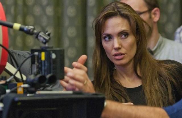 Анджелина Джоли возьмется за Капитана Марвел?