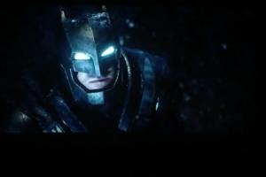 В сеть утекла «экранка» тизера фильма «Бэтмен против Супермена»